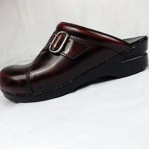 Dansko Clogs Womens Burgundy Patent Leather 41